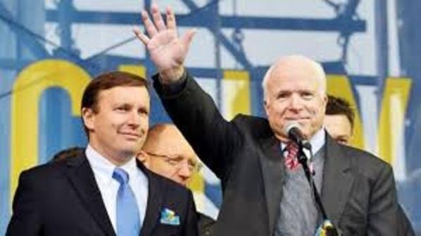 """McCain, le grand prêtre du """"printemps arabe"""""""