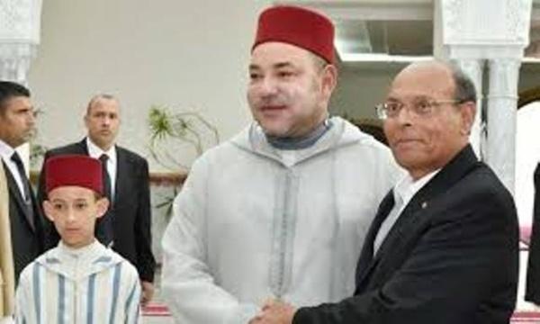 Le roi du Maroc Mohamed VI, avec l'usurpateur de Carthage et sujet de son altesse royale.