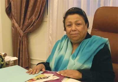 Madame Saïda Agrebi, fondatrice notamment de l'Organisation Tunisienne des Mères et anciennes députée.