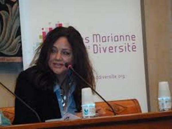 Faouzia Zouari, écrivaine et journaliste tunisienne vivant en France.