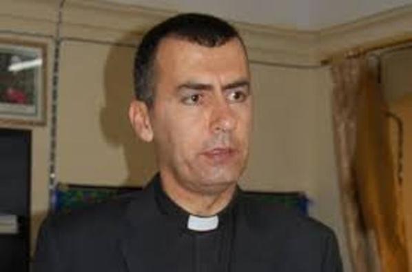 L'archevêque de Mossoul qui a fui la barbarie islamo-fascistes des mercenaires du Qatar et d'Arabie Saoudite en Irak.
