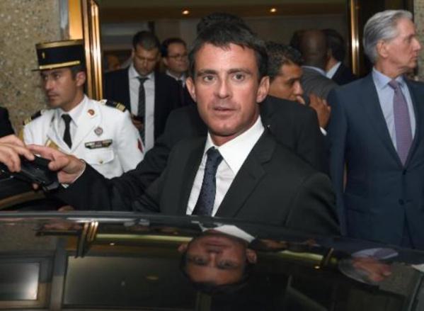 Le Premier ministre français Manuel Valls, à son arrivée à Tunis, ce dimanche soir, le 7 septembre 2014.