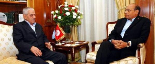 Houcine Abassi, secrétaire général de l'UGTT, avec Moncef Marzouki, représentant des intérêts qataris en Tunisie.