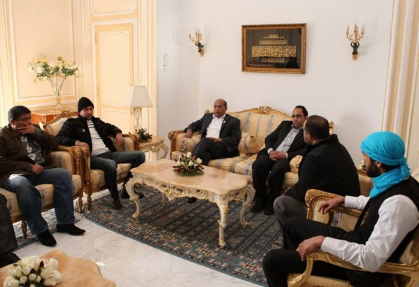 Moncef Marzouki avec sa racaille terroriste, dont Mohamed Amine Akid, alias Recoba.