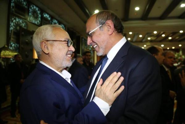 Rasched Ghannouchi et Hamadi Jebali, le 18 décembre 2014, à l'ambassade du Qatar en Tunisie, lors de la fête nationale de cet émirat islamo-mafieux.
