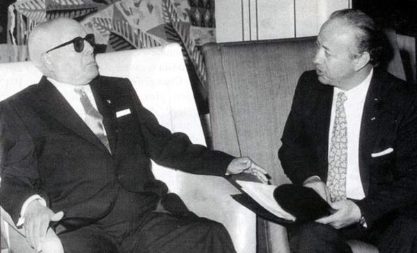 Habib Bourguiba avec Béji Caïd Essebsi alors ministre des Affaires étrangères.
