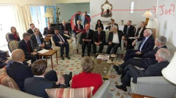 Photo de famille en présence du Proconsul de Tunisie, Jacob Wallas et de Joseph Lieberman.
