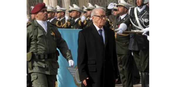 Béji Caïd Essebsi, président et chef de guerre
