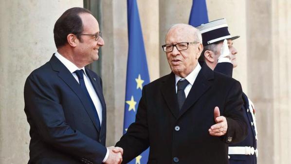 Béji Caïd Essebsi reçu par François Hollande à l'Elysée.