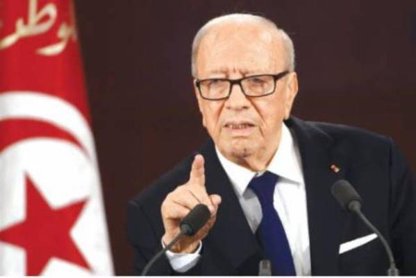 En décidant l'état d'urgence, le président Béji Caïd Essebsi prend la mesure du péril islamo-terroriste qui menace la sécurité de la Tunisie.