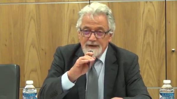 """Son Excellence Michel Raimbaud, ancien Ambassadeur de France, auteur du livre """"Tempête sur le Grad Moyen-Orient"""", édition Ellipses, 2015."""