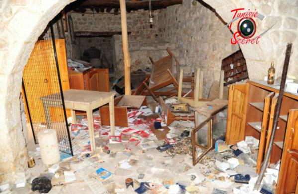Le Monastère Mar Sarkis à Maaloula, après son pillage par les criminels et mercenaires du Qatar.