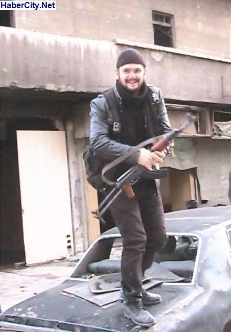 Selami Aynur, agent turc, président de l'association fasciste des Loups Gris à Giresun, abattu par l'armée syrienne.