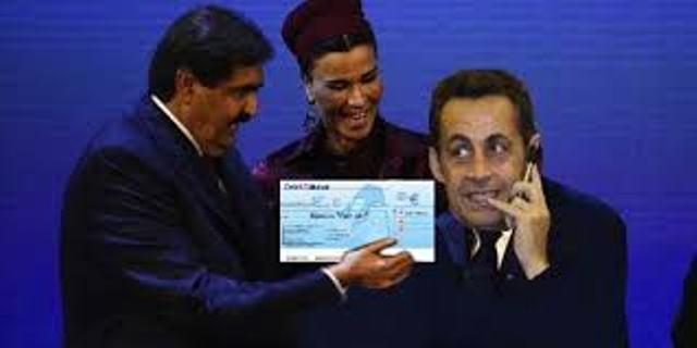 L'ex roitelet du Qatar Hamad Ben Khalifa, son irrésistible épouse Mozza et l'ex Napoléon de France, Nicolas Sarkozy. Ce chèque fictif n'était pas pour lui mais pour les sans abris et les chômeurs en France !