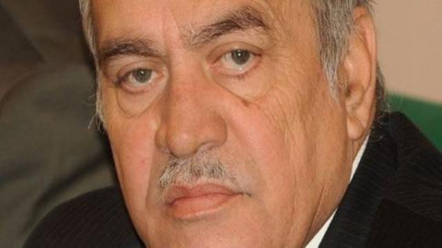 M.Nadhir Hamada, haute compétence nationale et ancien ministre de l'Environnement, injustement et arbitrairement maintenu dans les prisons tunisiennes.