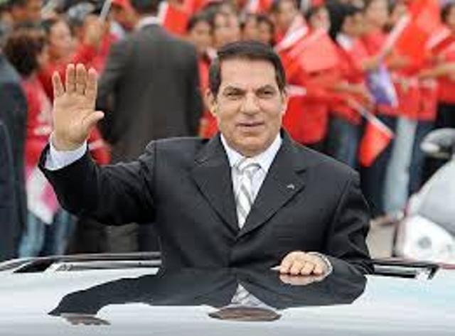 """Ben Ali, trois mois avant la conspiration islamo-atlantiste à laquelle on avait donné le nom de """"révolution du jasmin""""."""