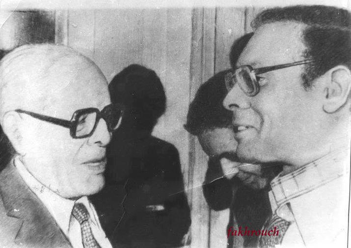 Habib Bourguiba, le président patriote qui a unifié la Nation tunisienne. Moncef Marzouki, le président mercenaire qui veut la fractionner.