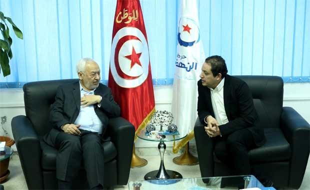 """Le 30 décembre 2014, Tarek Kahlaoui avec son """"vénérable"""" père spirituel, Rached Ghannouchi, quémandant un point de chute au Qatar."""