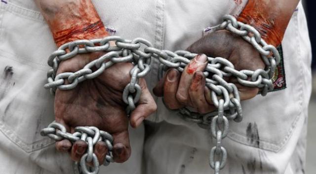 Le Qatar, un eldorado ou une prison à ciel ouvert ?