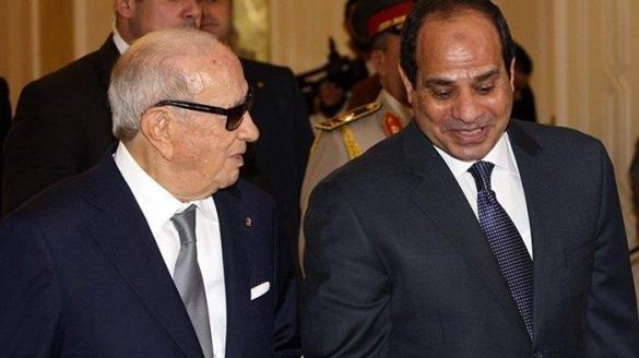 Le président tunisien Béji Caïd Essebsi avec le Raïs égyptien Abdel Fattah Al-Sissi.