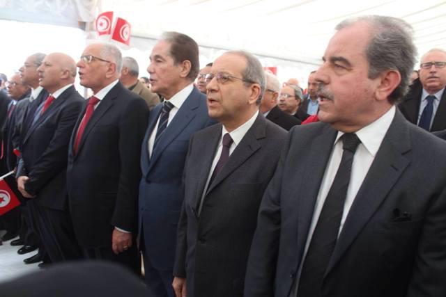 De droite à gauche, Mondher Zenaïdi, Faouzi Elloumi, Abderrahim Zouari, Kamel Morjane, Ridha Belhadj, Taoufik Baccar...